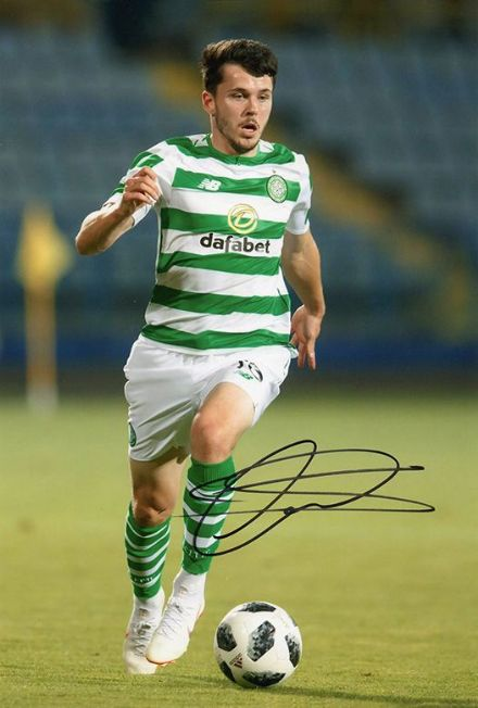 Lewis Morgan, Glasgow Celtic, signed 12x8 inch photo.
